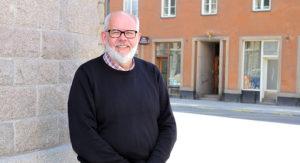 Frank_Åkerman_Liggande_780